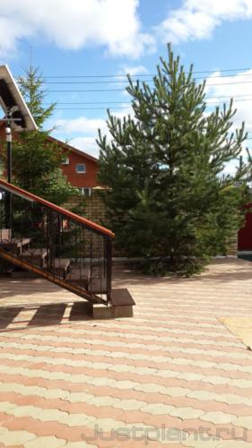 Площадка из тротуарной плитки